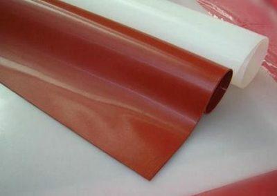 wyroby silikonowe-płyty silikonowe transparentne i czerwone